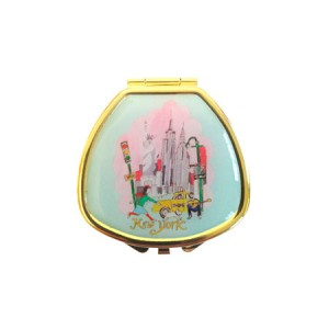 "Andrea Garland Lip Balm in City Scenes Pill Box with mirror – New York Бальзам для губ в футляре ""Нью-Йорк"""