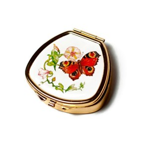 "Andrea Garland Lip Balm Vintage Inspired Pill Box - Red Admiral Бальзам для губ в футляре ""Бабочка"""