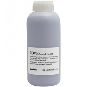 Davines Essential Haircare Love Smoothing Conditioner Кондиционер для разглаживания завитка